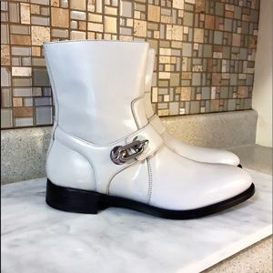 Auth. Balenciaga Light Grey Leather Brosse Boots